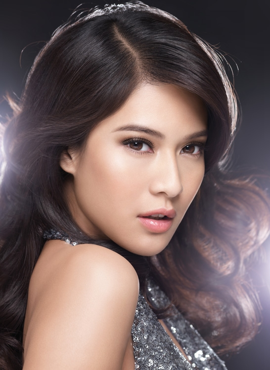 Dian Sastro for L'OREAL Paris Lucent Magique